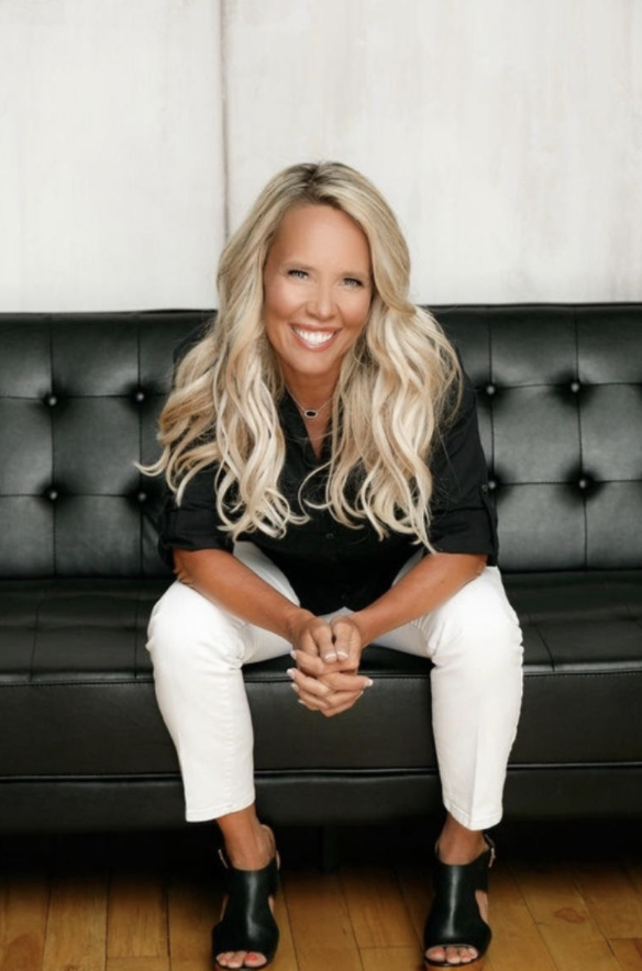 cris cawley the behind the scenes online coach that everyone should know